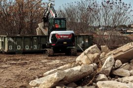 bobcat-e42-3-tine-grapple-s6c8528-19p1-fc_mg_full