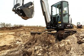 bobcat-e50-backfilling-s6c8422-19p2-fc_mg_full